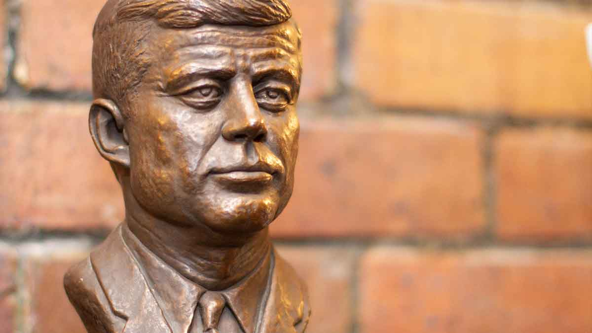 Bronze bust of John F. Kennedy